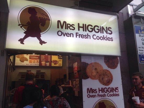 Mrs Higgins 사진