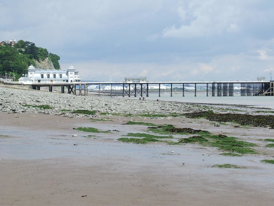 Penarth Pier Pavilion: The Peir in the distance