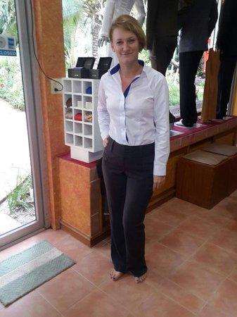 Bophut, Tailândia: casual work attire