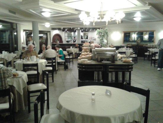 Hotel Caesar: Speiseraum