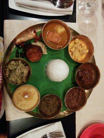 Saffron: West Bengal thaali