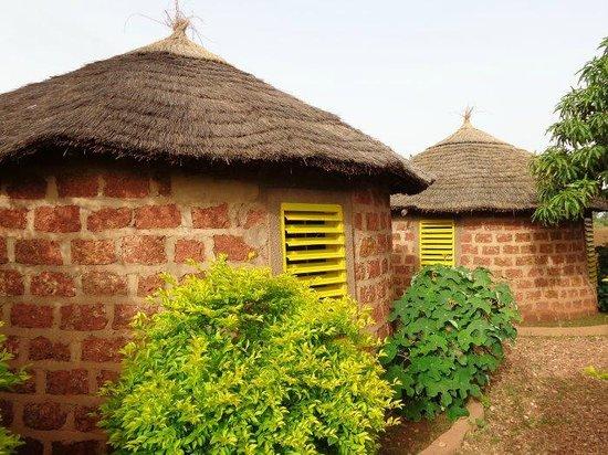 Tikare, Burkina Faso: les cases