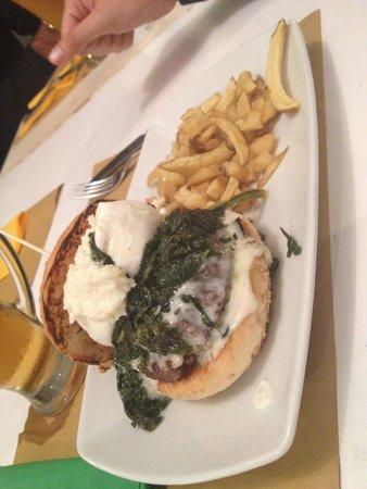 Hamburger con burrata