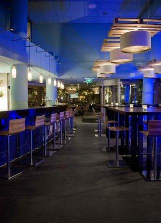 Inntel Hotels Rotterdam Centre: Bar & Brasserie Water