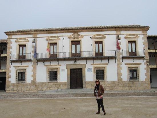 Hotel A Posada : Plaza Mayor Tembleque