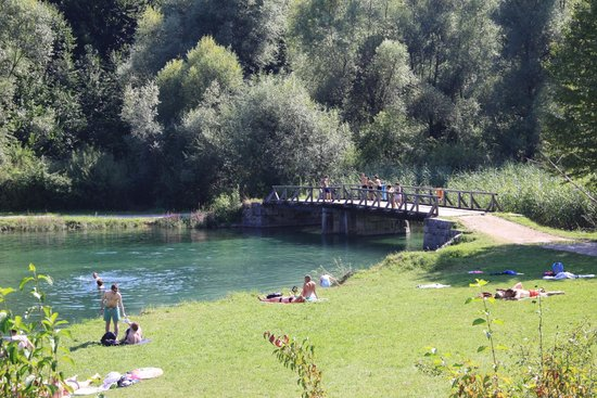 Camping Korana : The swimming hole below the camp