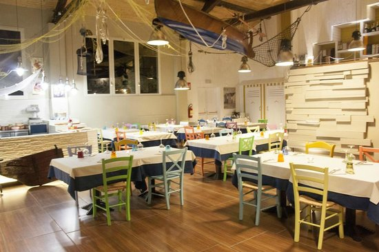 The 10 best restaurants near shibuya wine sushi reggio emilia for Restaurant reggio emilia
