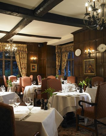 The Stuart Restaurant at the Billesley Manor