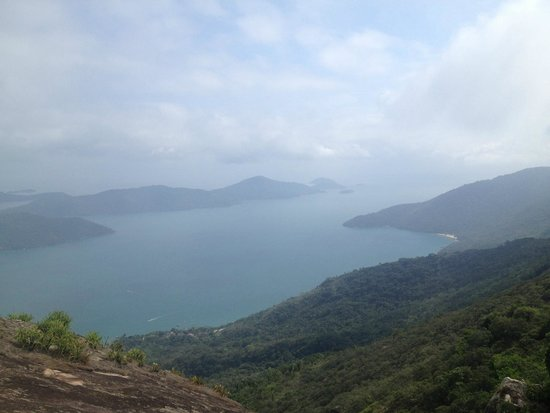 Pao de Acucar Peak: Vista da entrada do Saco do Mamanguá