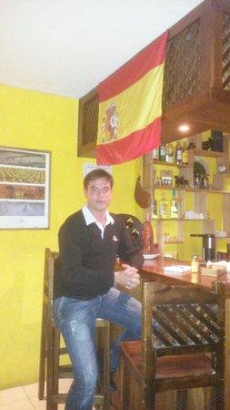 La Tasca de Baños: El lugar de encuentro de españoles que visita Baños
