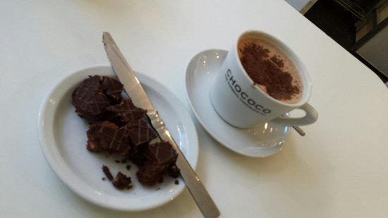 Chococo: Ginger biscuit cake and perfect hot chocolate.
