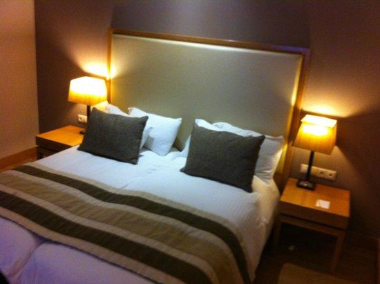 Limneon Resort & Spa: Δωμάτιο.