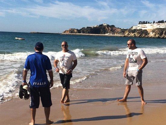 Hotel Paraíso de Albufeira: Albufeira beach