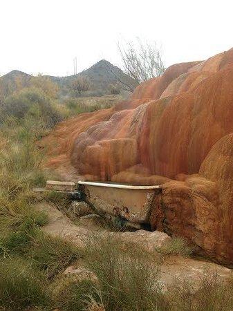 Mystic hot Springs : Upper tubs