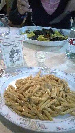 Spaghetteria da Grillo : Penne ai frutti di Mare e Penne Gustose...