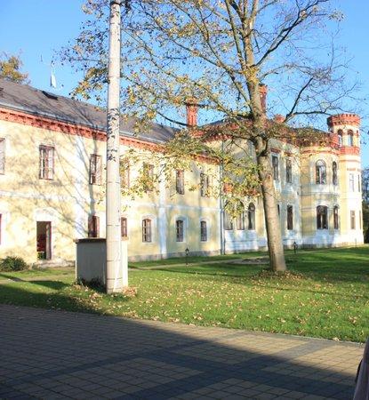 Schlosshotel Mostov: Aussenansicht