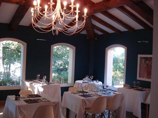 Hotel Des Pins: Salle à manger