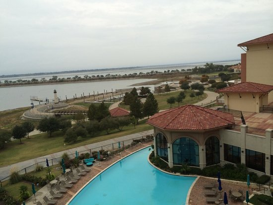 Hilton Dallas / Rockwall Lakefront: Pretty view from our balcony