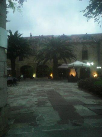 Hotel Los Guardeses de Solares: entrada
