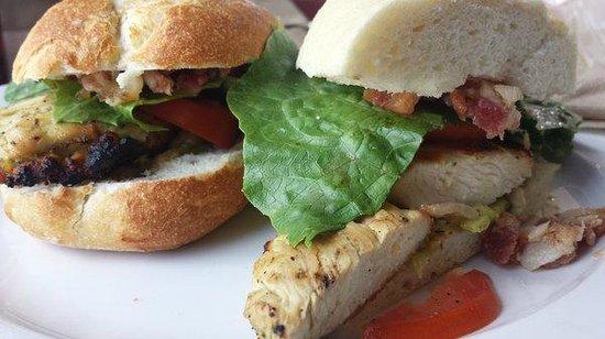 La Estancia Argentina: Gourmet Sandwich.