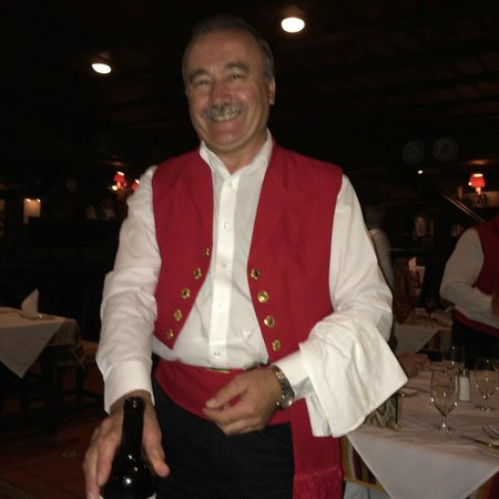 Casa Juancho: Ramon, our waiter for 30 years