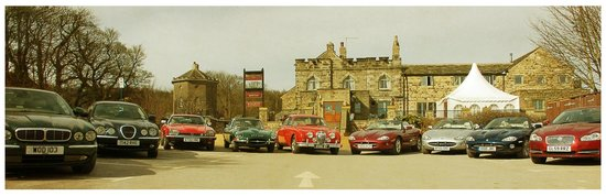 The Norfolk Arms: When the Jaguar Club came to stay.