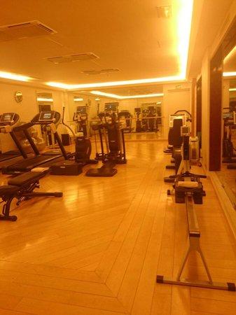 Majestic Hotel Spa: Gym