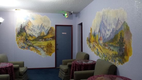 Bavarian Ritz Hotel: Bavarian wall art in the hotel