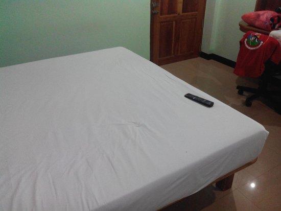 Phadaeng Mansion : un grand lit !!!