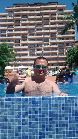 Friendly Vallarta All Inclusive Family Resort : Disfrutando el sol en Hotel Friendly :)