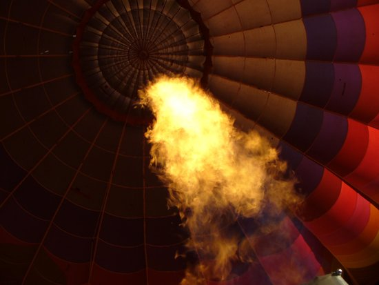 Pueblo Balloons: Firing up in Flight