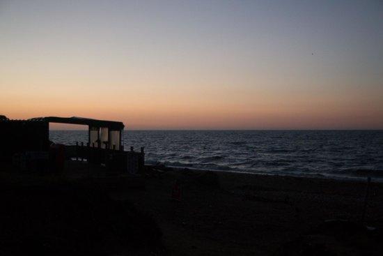Seadown Holiday Park: Charmouth Beach