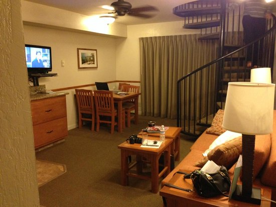 Tahoe Beach and Ski Club : Downstairs of our 1bedr, Partial Kitchen, CARSON building, 2nd floor