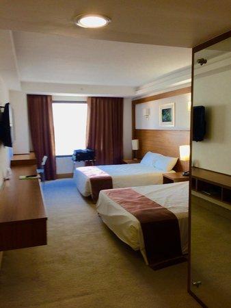 Weston Suites Hotel: Habitacion 307