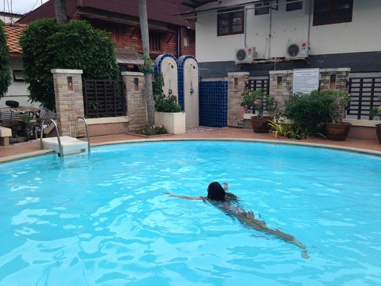 Phi Phi Hotel Swimming Pool