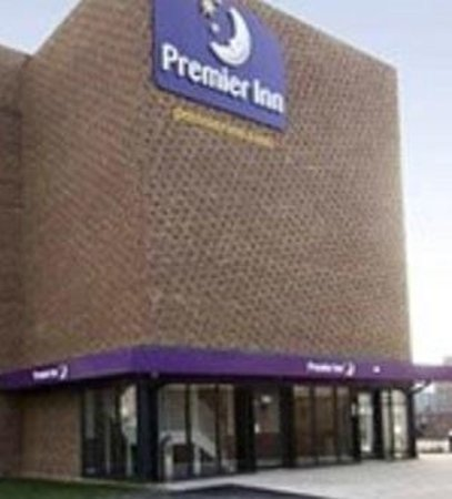 Premier Inn London Dagenham Hotel: main entrance