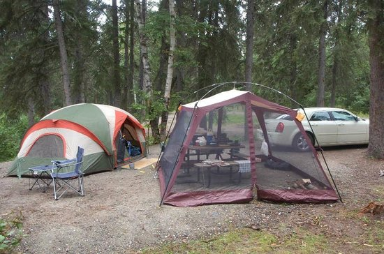 Thompson, Canada: Camping at Paint Lake provincial park