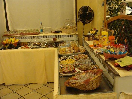 Hotel Ristorante Vecchia Riva: Breakfast part2