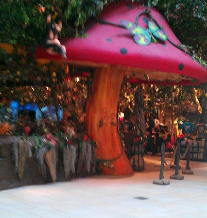 Rainforest Cafe: Entrance