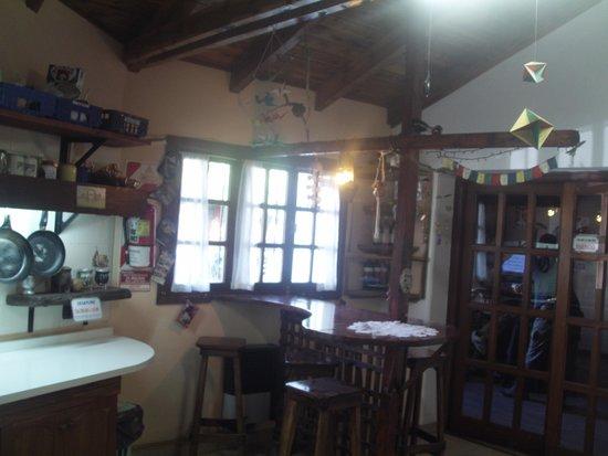 La Casa del Árbol  Hostel El Bolson: La barra