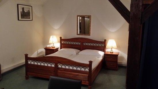 Hotel Mariahilf: Cana na suíte no. 5