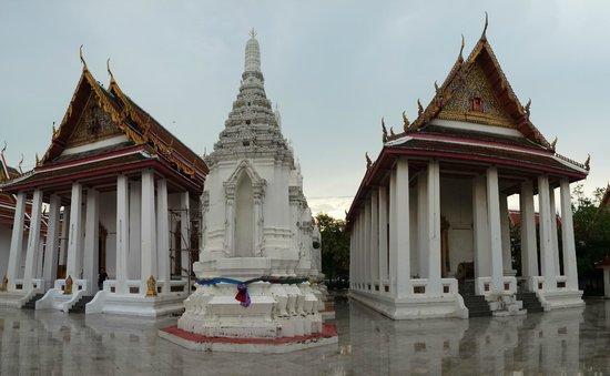 Maha Pruettharam Worawihan Temple