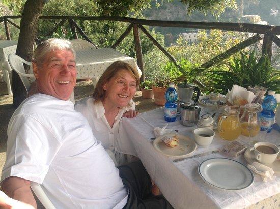 Le Nereidi : Déjeuner sur la terrasse et Columba