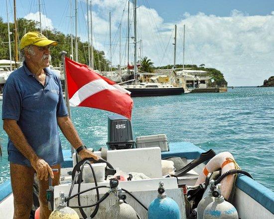 Dockyard Divers: Tony on his boat