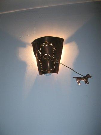 Casa del Monacone: punto luce vicino all'ascensore