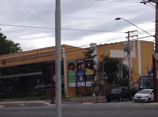 Santos Dumont Theater