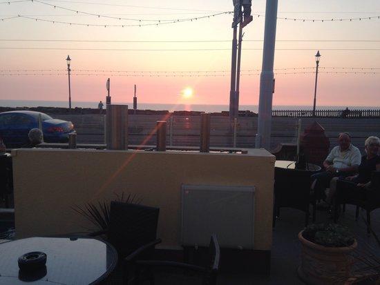 Elgin Hotel Blackpool: Blackpool on our arrival