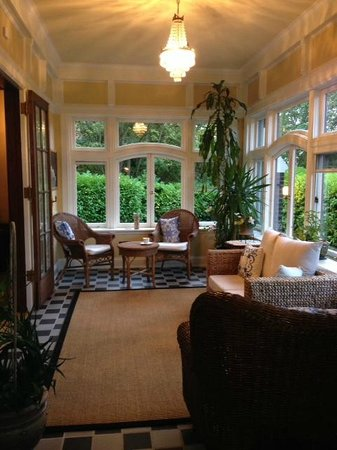 Livermore Bed And Breakfast