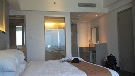 Ehm Kamar Mandi Tembus Pandang Picture Of Swiss Belhotel Cirebon