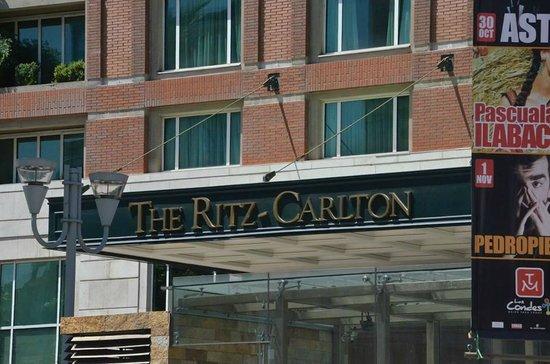 The Ritz-Carlton, Santiago: Fachada do Hotel